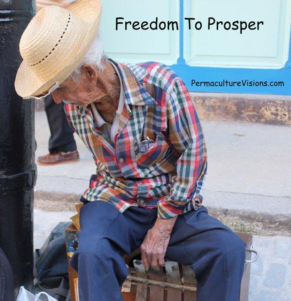 street-musician-Cuba_freedom_to_prosper